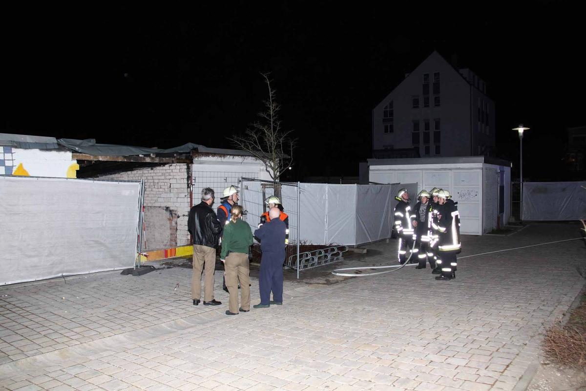 2015_04_10_EB37-Kleinbrand-Schulhof_11-2000p