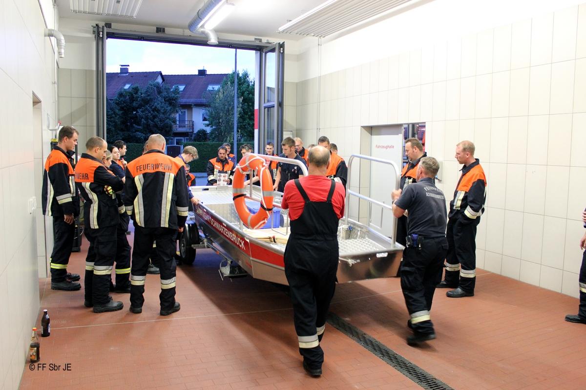 2015_07_08-Ausbildung_Flachwasserschubboot (1)-2000px