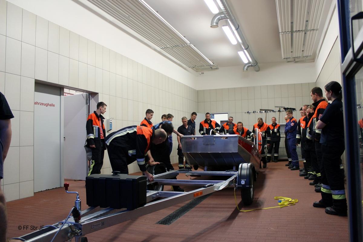 2015_07_08-Ausbildung_Flachwasserschubboot (15)-2000px