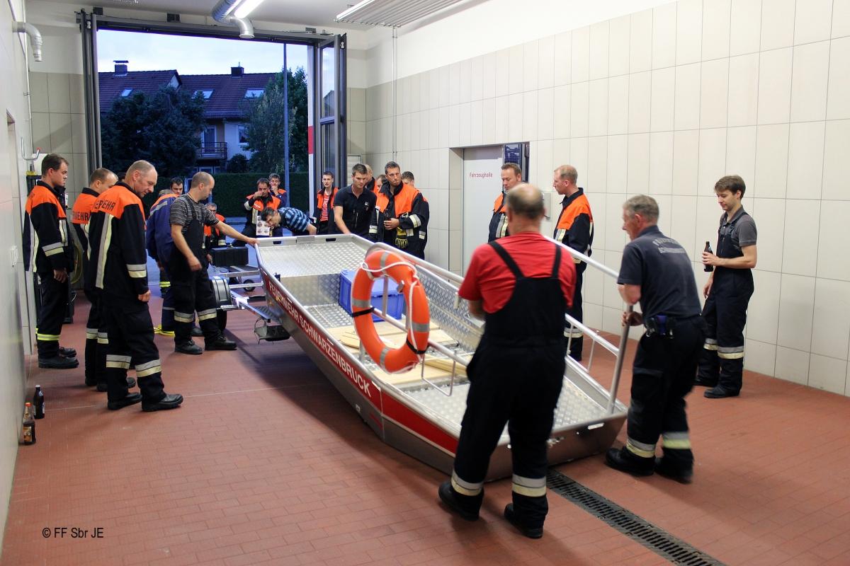 2015_07_08-Ausbildung_Flachwasserschubboot (2)-2000px