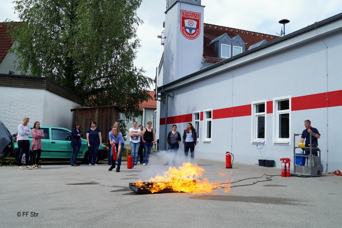 2016_06_09 - Schulung_Brandschutzhelfer KiTa (10)-2000px